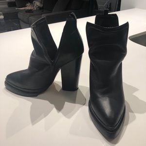 Jeffrey Campbell leather platform black bootie 8.5